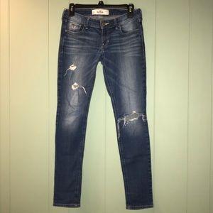 4/$25 Hollister | distressed skinny jeans
